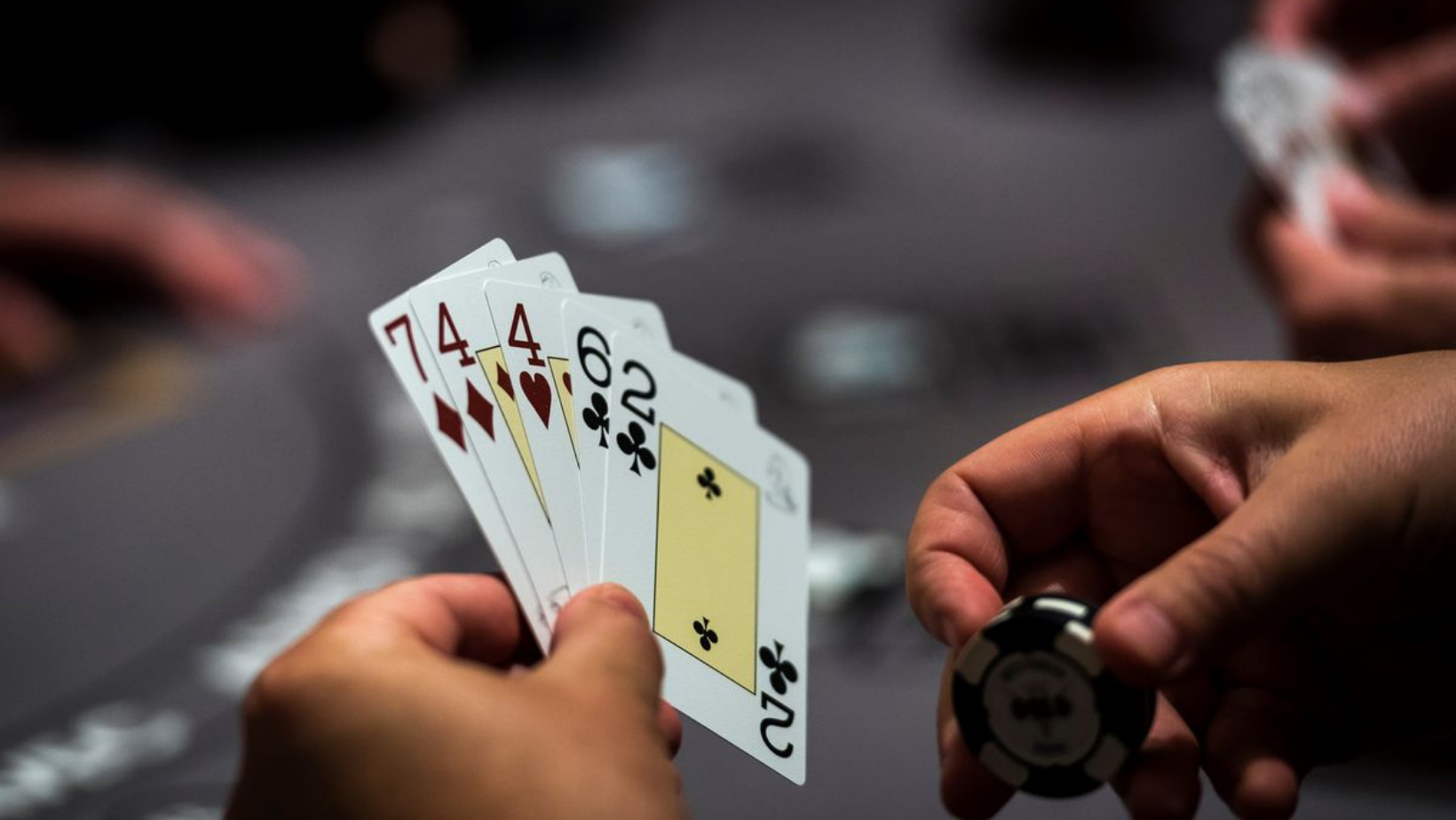 Introduction to Texas Holdem Hands