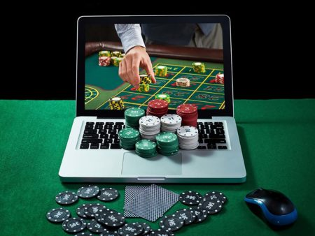 Gambling Site: Advantages of Playing Online Casino